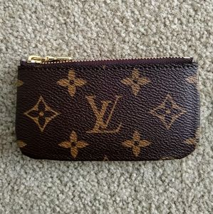 Louis Vuitton Key Pouch in Monogram